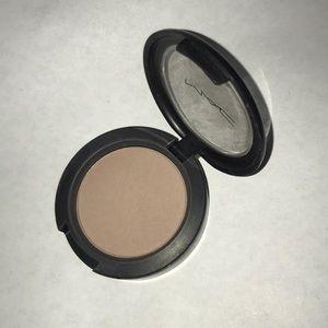 MAC Strada Blush Contour Powder